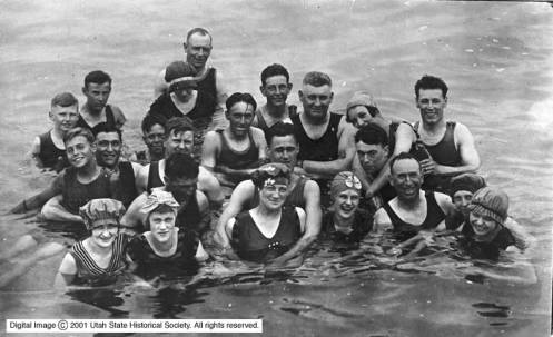 J_F_Hudlow_Group_of_Swimmers_at_Saltair