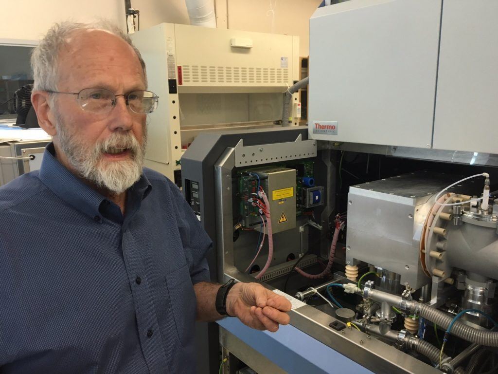Geology professor Thure Cerling explains how isotope analysis instrumentation works.