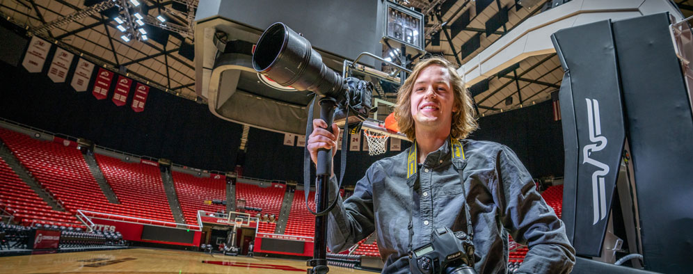 Kiffer Creveling with his cameras in an arena