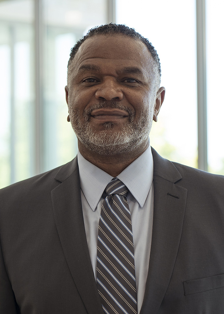Headshot of Martell Teasley, dean of the College of Social Work at the University of Utah